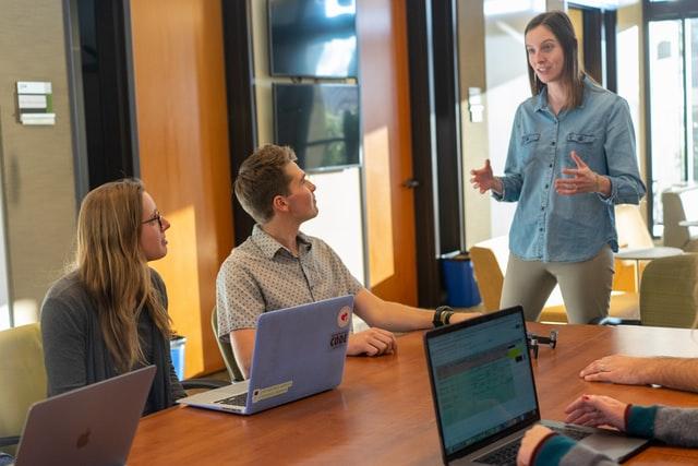 réunions les plus fréquentes en entreprise